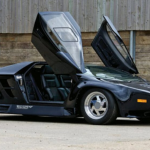 Vector W8- Rarest Supercar Ever Built Giving Thrills to The Automotive Industry