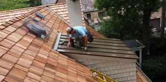 8 Signs You Need the Services of a Metal Roofing Contractor